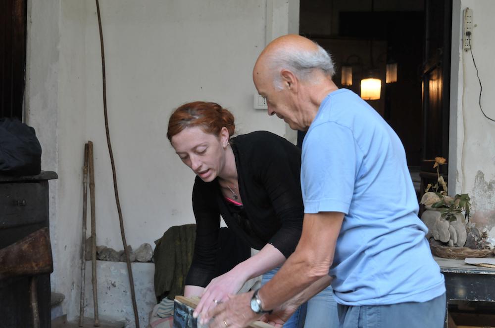Katia e Pino - Preparando la mostra del 2015 alla Pinacoteca di Varallo Sesia